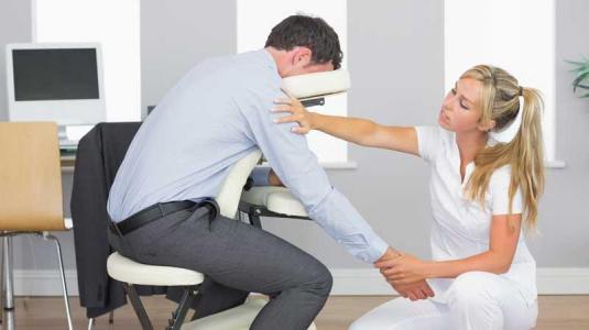 massage am arbeitsplatz