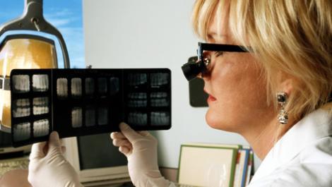 röntgenbilder, zahnärtzin
