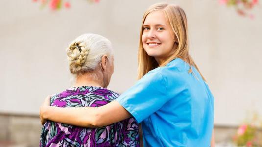 altenpflege, pflege, pflegerin, seniorin
