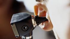 Ohren, Ohruntersuchung, hören, Diagnose