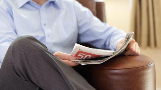 schon vier stunden sitzen pro tag begünstigt bei männern chronische krankheiten