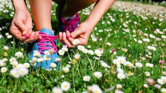 bewegung hilft gegen eine fettleber