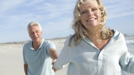 älteres Paar, Strand