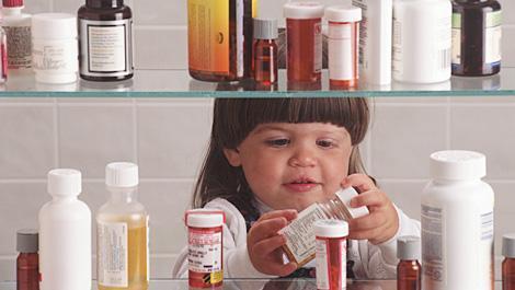 kinder, medikamente, vergiftung