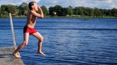 Viele Keime in deutschen Badeseen
