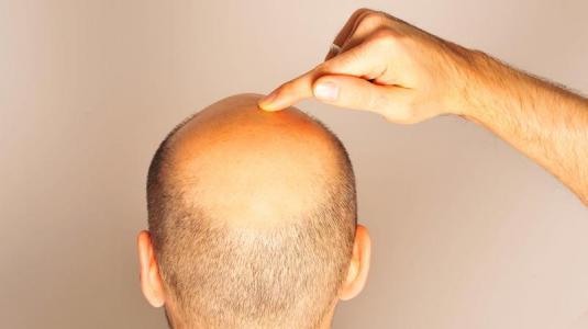 Die Maske für das Haar mit den Vitaminen piridoksinom