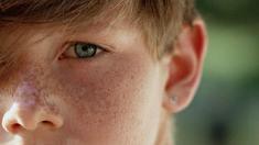 Kind, Augen