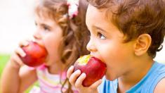 Kinder, Äpfel